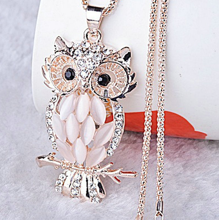 Stylish Charming Owl Crystal Necklace