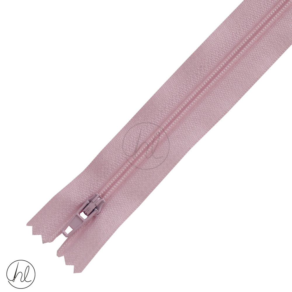 NYLON DRESS ZIPS (15CM-55CM) BABY PINK