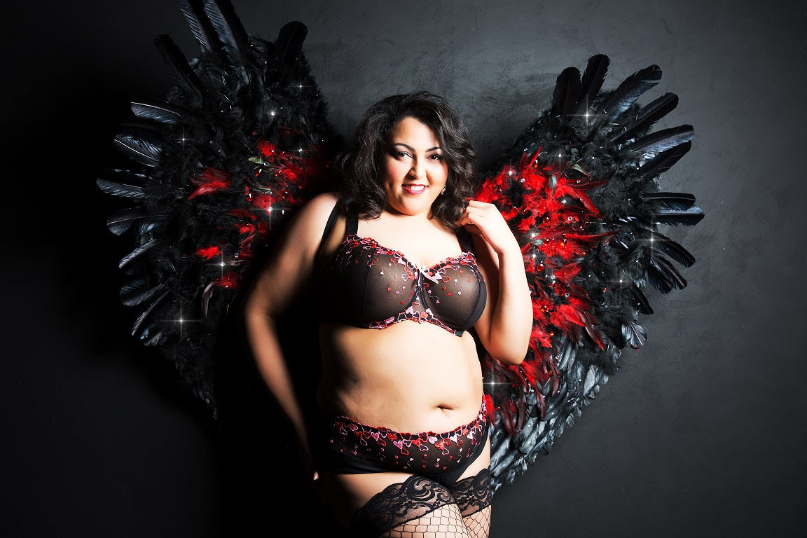 Black Red Plus Size Lace Bra unpadded