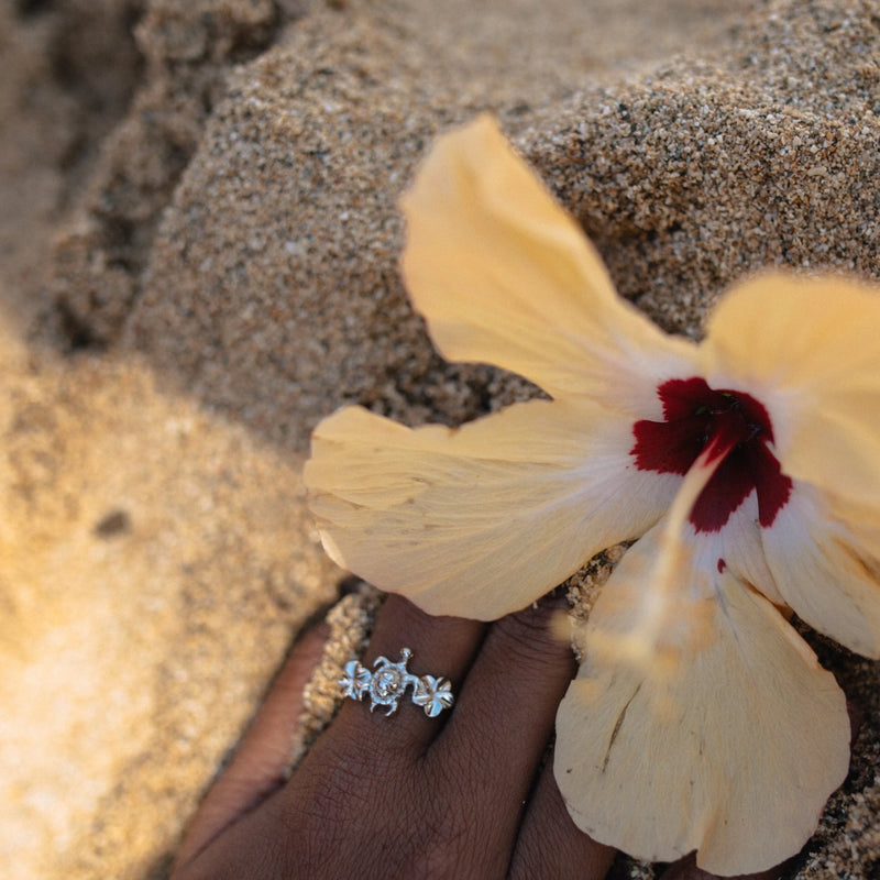 DREAMER Sea Turtle and Plumeria Flower Ring