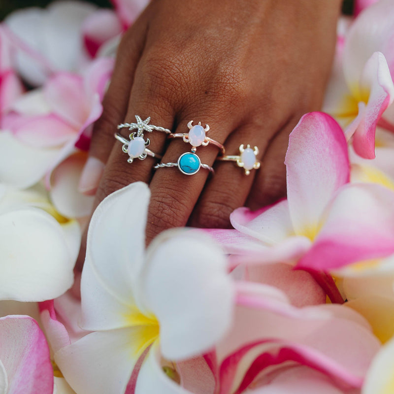 KAHAKAI Sterling Silver Tiny Starfish Ring