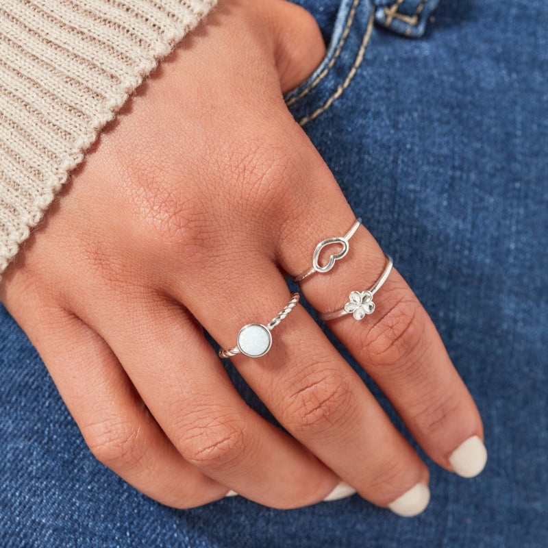 DREAMER Tiny Heart Ring (3888182952033)