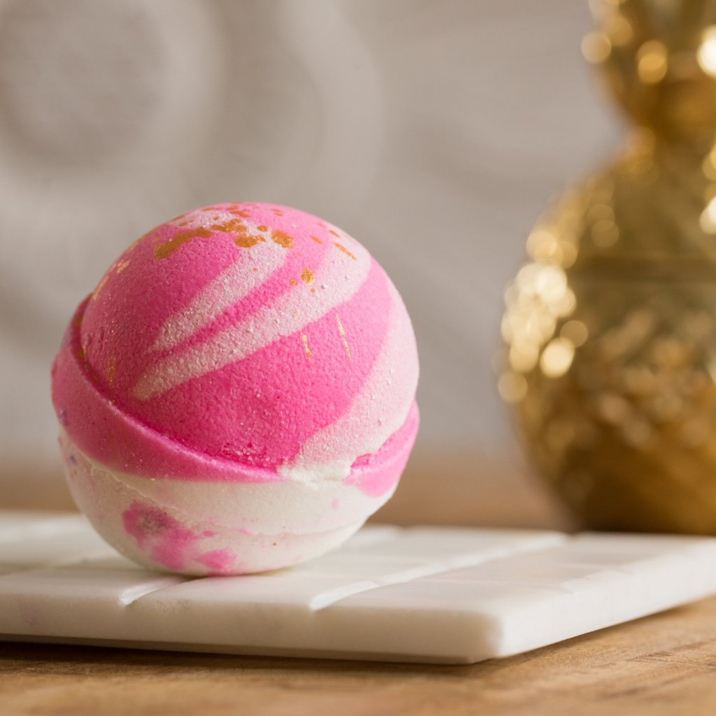 Whipped Up Wonderful - Passionate Kisses Bath Bomb