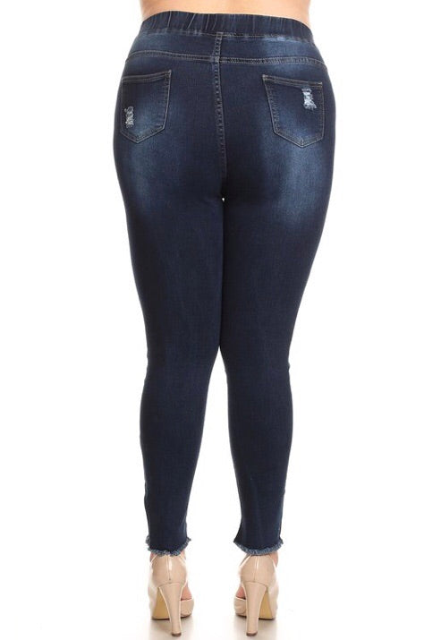 Distressed Curvy Jeggings