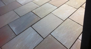 Autumn Brown Indian Sandstone paving 4