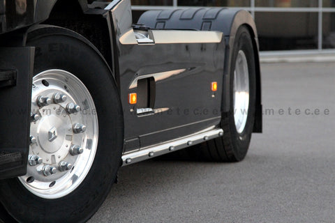 Volvo FH Side Bars with LED marker Lights | METEC 862345