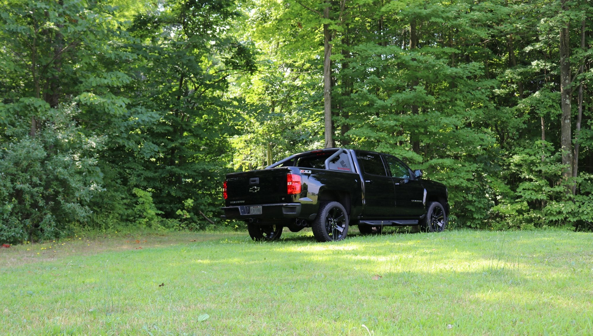 Touring Sound Level (14848) 3.0IN Cat-Back SSE Twin 4IN 14-19c Silverado Sierra 5.3L 143.5WB