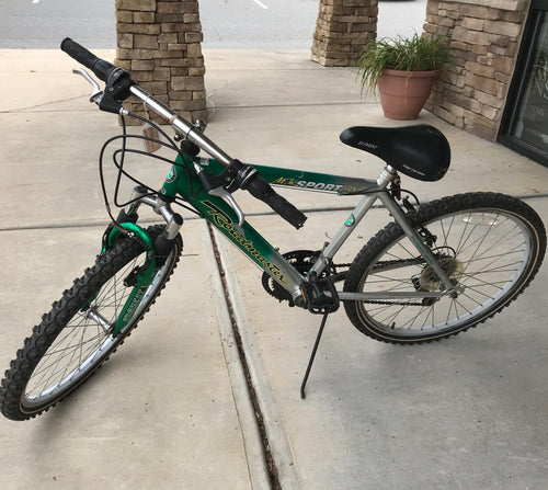 MTSPORT 18SP GREEN, BIKE --AS IS, this is Pre-Owned Item #329823