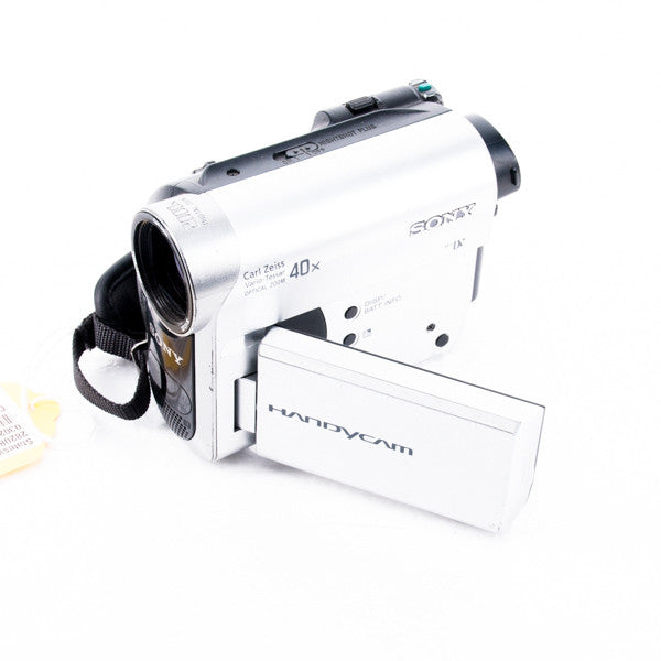 Sony DCR-HC52 Handycam Camcorder, this is Pre-Owned Item #282089