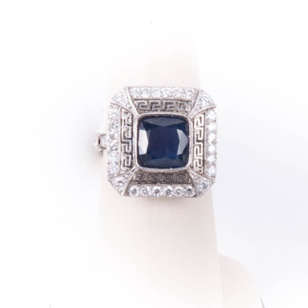 LADIES ANTIQUE PLATINIUM DIAMOND RING, this is Pre-Owned Item #V36411