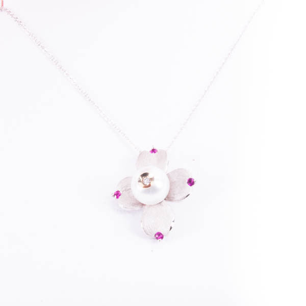 GALATEA .04CT DIAMOND IN PEARL AND 08CT RUBY NECKLACE IN 14KW #V37659