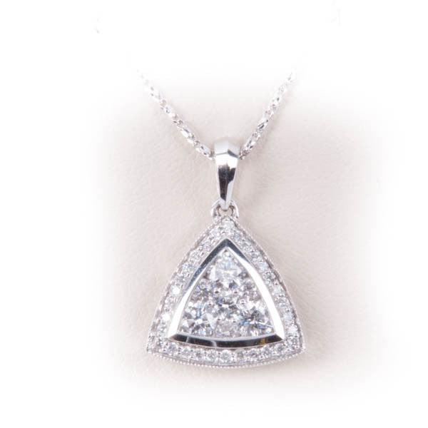 1CT DIAMOND TRIANGLE PENDANT IN 14K  WITH LINK CHAIN 2.4GRAM IN 10KW, this is New Item #V42222, V44543