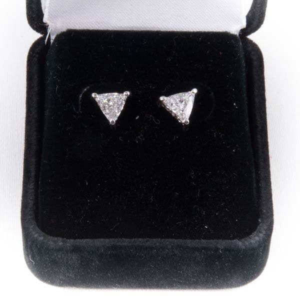 1.025 CTW TRILLION DIAMOND EARRINGS IN 14KW New #V40721