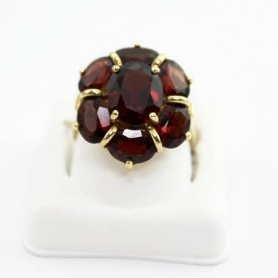 10K Yellow Gold Red Garnet floral motif Cluster Ring sz 6.75