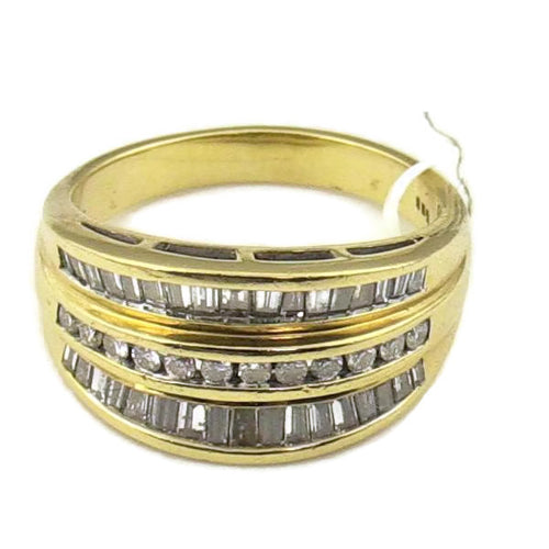 Round and Baguette Cut Diamond Band in 14K Yellow Gold 6.1Gr., Sz. 6.75, Pre-owned item #V4772