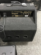 Behringer BXL3000 ULTRA BASS 300W 115 Bass Combo Amplifier,pre-owned item #341453.sb