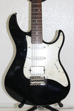 Yamaha Pacifica Series PAC012 Electric Guitar pre-owned #t10833