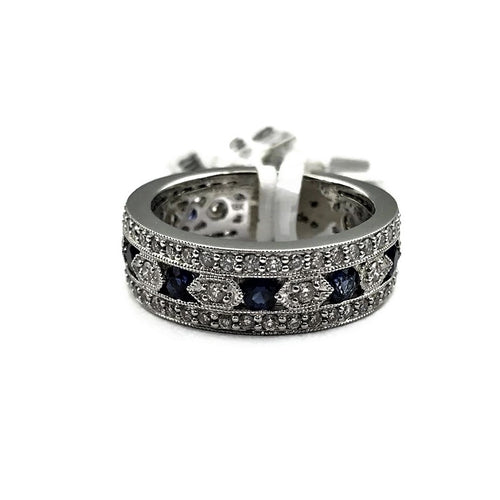 PARADE ANTIQUE 18K WHITE GOLD SAPPHIRE & DIAMOND MILGRAIN BAND