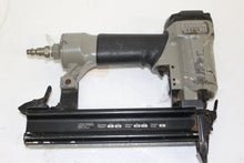 PORTER-CABLE BN125A 5/8-Inch to 1-1/4-Inch 18-Gauge Brad Nailer, this is pre-owned item #246966A