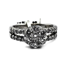 14K White Gold 1CTW Diamond Cluster Ring