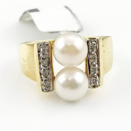 Double Pearl &  Diamond Ring in 14K Yellow Gold 6.7g, Sz.9 #t11848