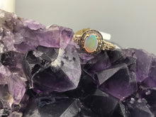 LADIES DIAMOND & OPAL RING IN 14KY 4g, Sz.6.5, this is Pre-Owned Item #246483H