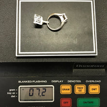 Ladies Round and Princess Cut 1.50CTW Diamond Engagement Ring in 14K White Gold, Pre-owned item #331181a