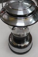 Coleman Classic  Lantern, this is Pre-Owned Item #329566A