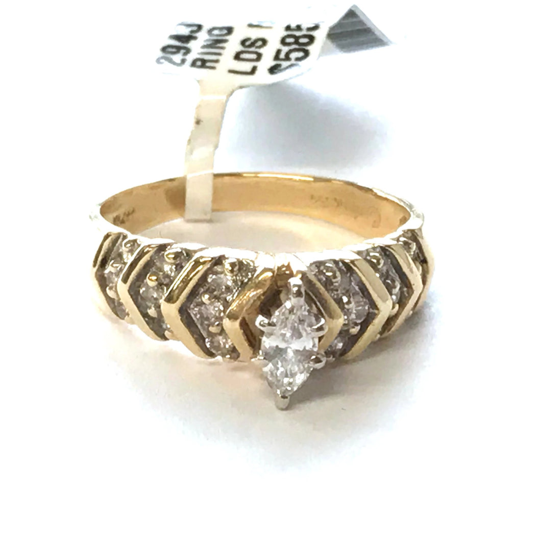Ladies Diamond Engagement Ring in 14K Yellow Gold, Pre-owned item #294373