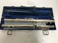 Gemeinhardt 2SP Silver Flute w/case, pre-owned item #350327