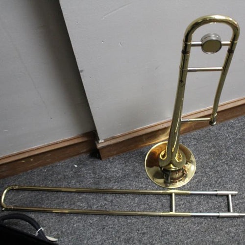 SELMAN B9065897 TROMBONE w/case, this is Pre-Owned Item #350726b