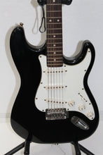 Jay Turser Strat Copy Electric Guitar, this is Pre-Owned Item #335888