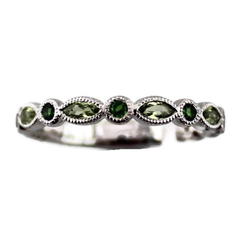 Colore Sg Sterling Silver Peridot Stacking Band, New item #lvr721-cdper