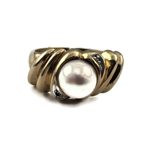 10k Yellow Gold Pearl Ring, Pre-Owned item  #311184