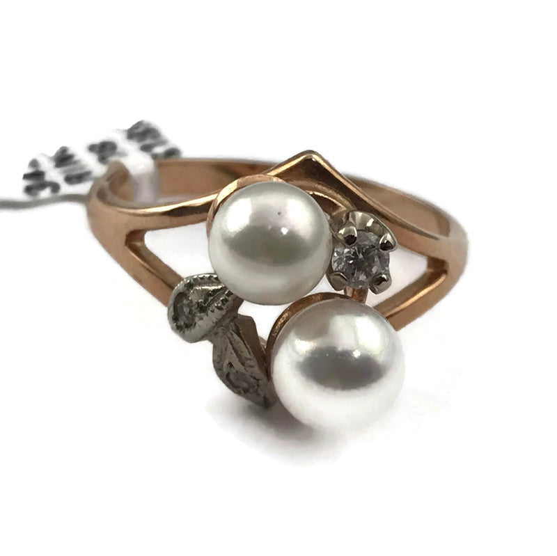 Pearl Diamond Accents Ring in Solid 14K Yellow Gold