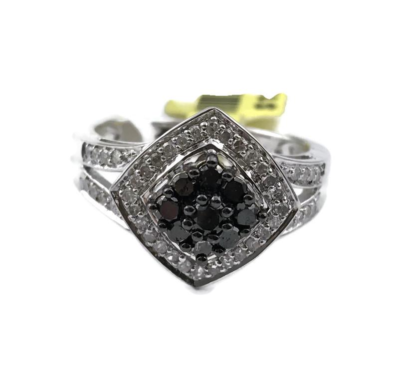 Ladies Black and White 1/2 TW Diamond Ring in 925 Sterling Silver