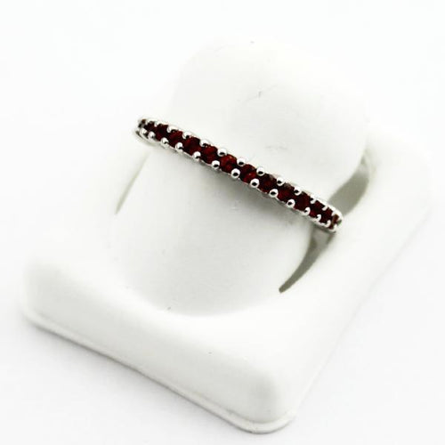 10K White Gold Garnet January Stackable Birthstone Ring, sz. 7 New #175254
