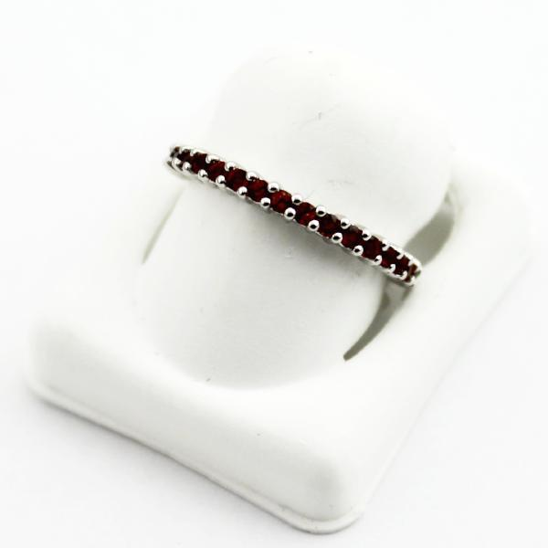 10K White Gold Garnet January Stackable Birthstone Ring, sz. 7 Pre-Owned #175254