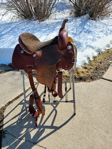 "Lightly USED 14"" Corriente Barrel Saddle"