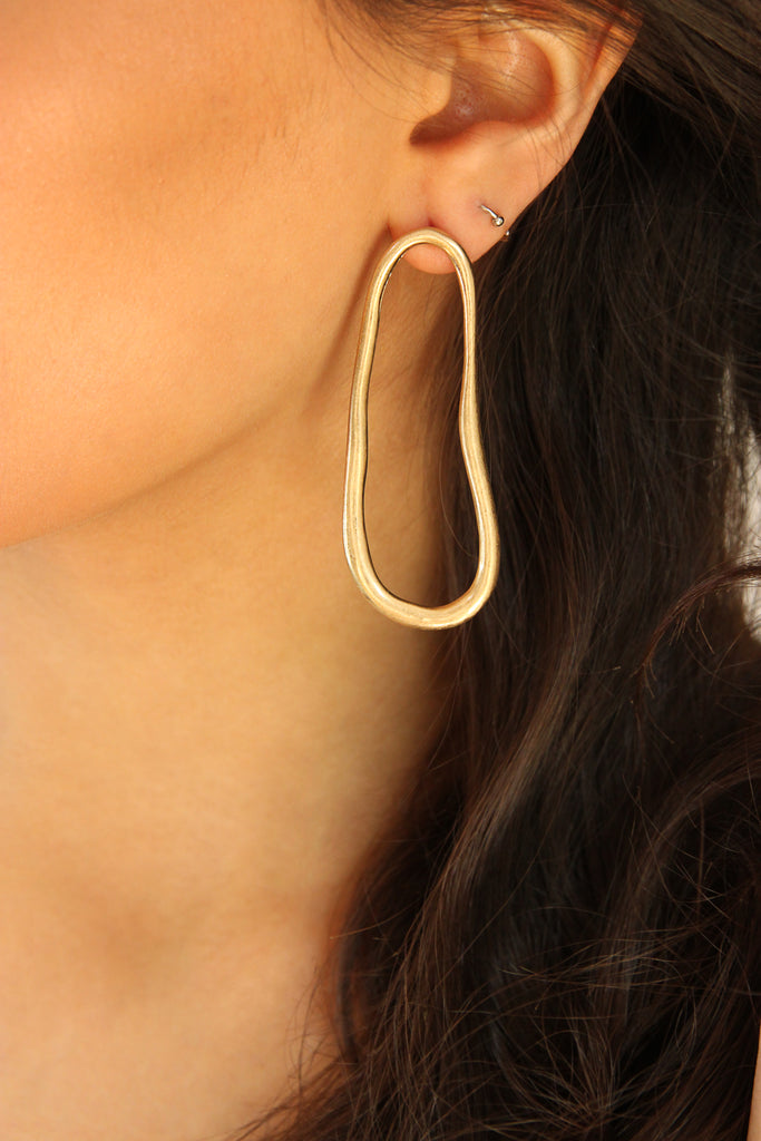 Abstract Oval Geometric Gold Earrings - Missworldlondon