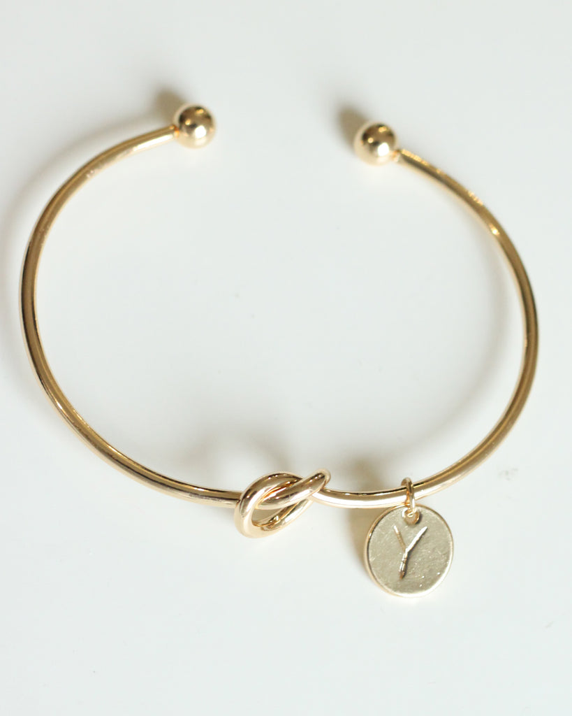 Gold knot Bracelet with Personalised Initial Charm - Y