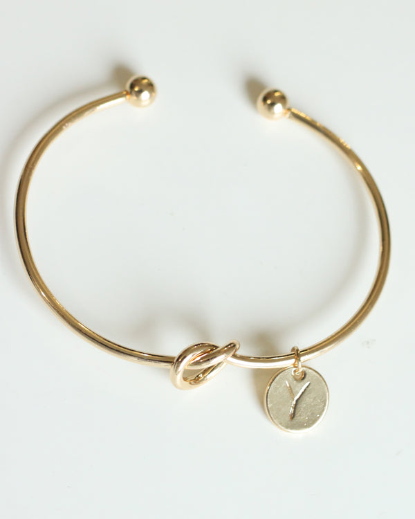 Gold knot Bracelet with Personalised Initial Charm - Y - Missworldlondon