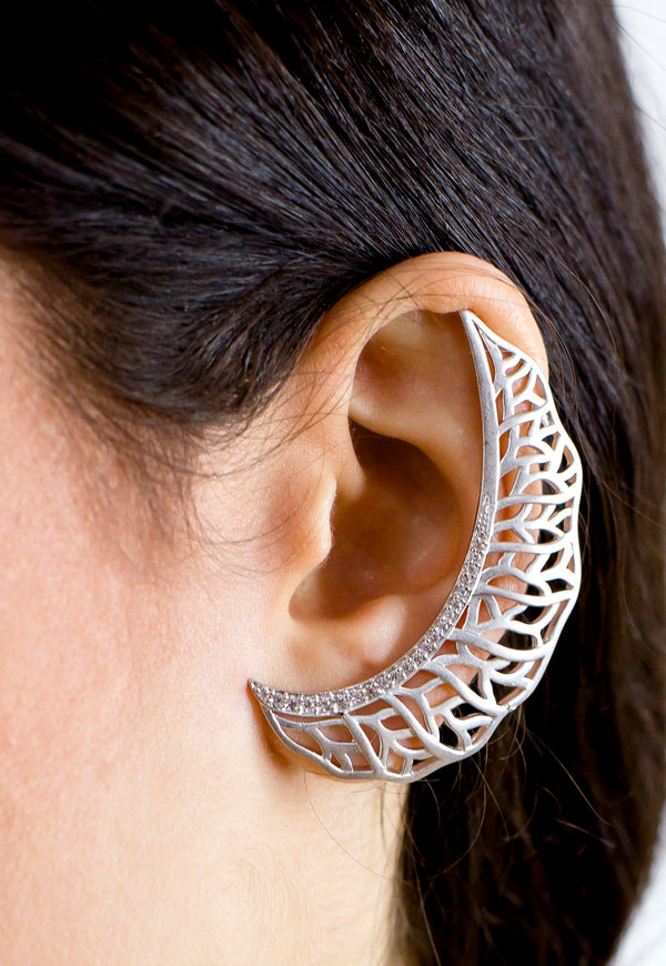 Silver Filigree Moon Earcuff- Single - Missworldlondon