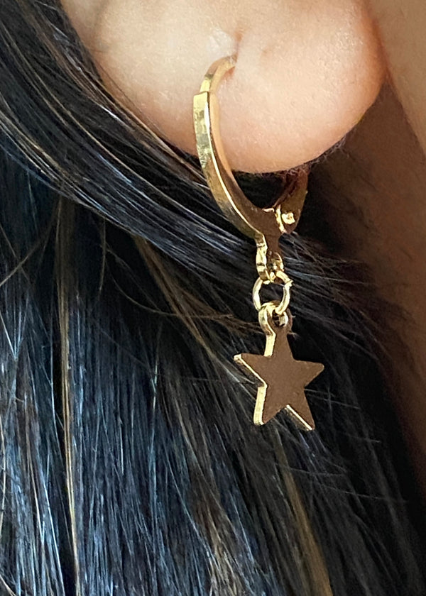 Tiny Star Hoop Earrings- Gold