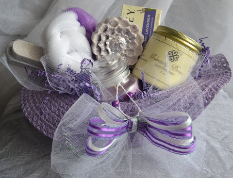 Essentially Divine Lavender Peppermint Spa Gift Basket