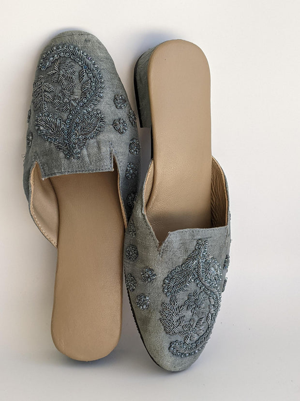 DS 182 GREY SILK