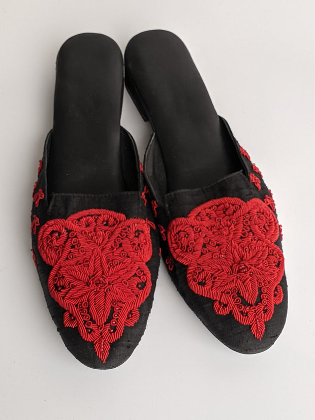 DS 188 BLACK SATIN RED