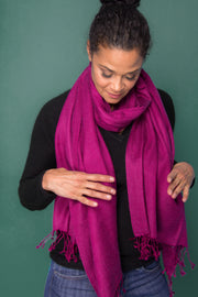 Magenta Luxurious Cashmere Wrap