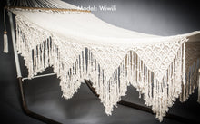 Detailed picture of the hammock fringes on sides. Model 1