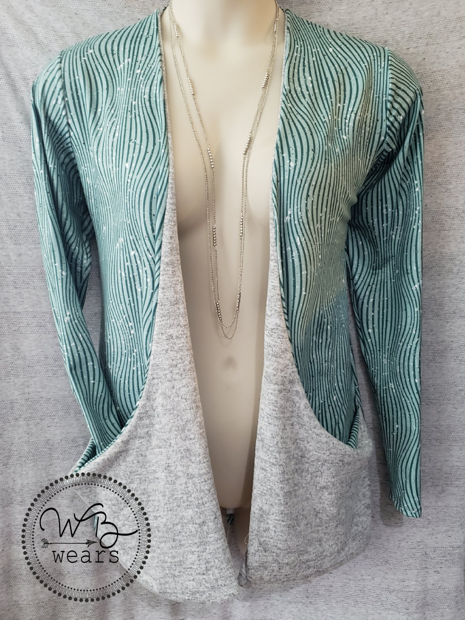 Drop Pocket Cardigan size XL - WB Wears